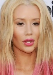 Iggy Azalea's Chin Before & After! Spot the difference?