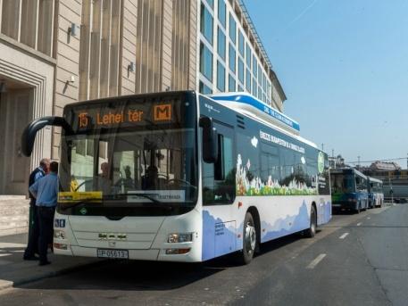 Filmforgatás miatt lezárások - így közlekednek a 15-ös buszok