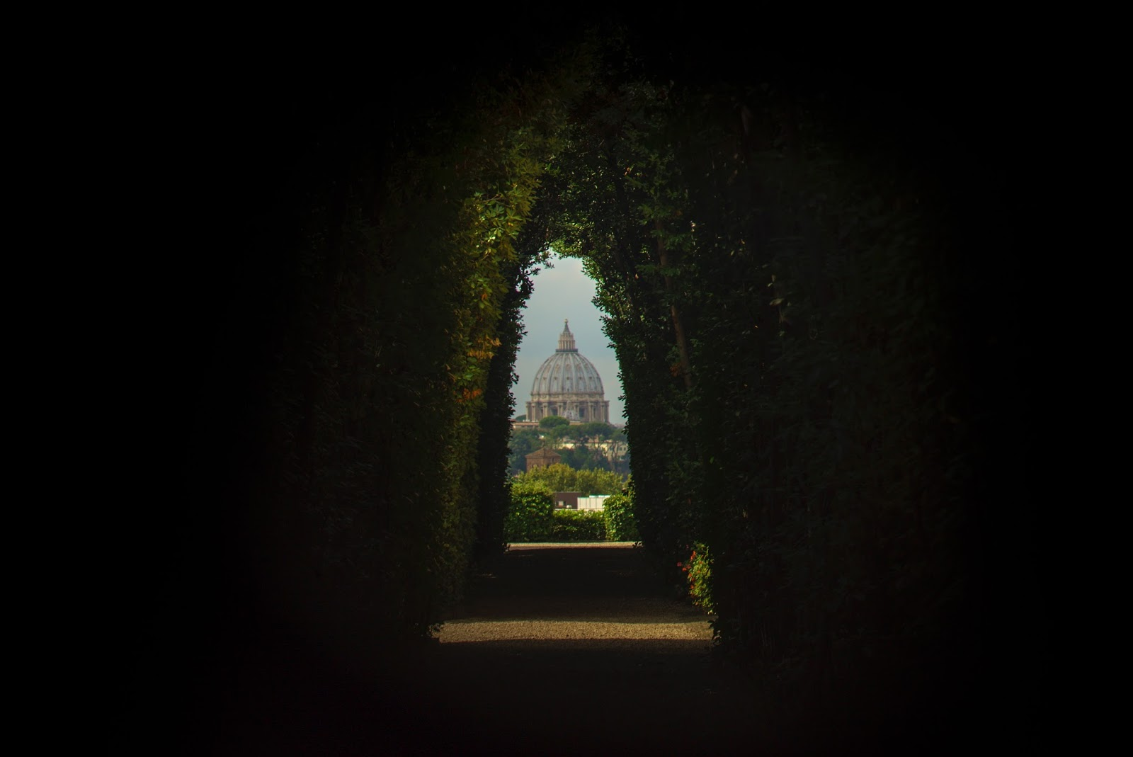 The Travel Gazette: CONSIGLI IN VIAGGIO: DOVE DORMIRE A ROMA
