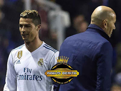 Zidane Dipercaya Akan Dipecat Oleh Florentino Perez