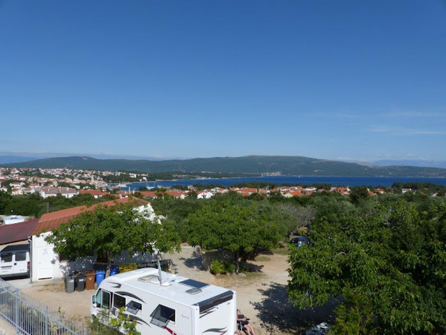 Kroatien Campingurlaub Rundreise Insel Krk Ausblick Meer