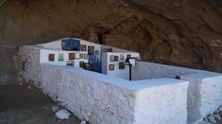 Το πιο ινσταγκραμικό εκκλησάκι βρίσκεται στη Λήμνο και δεν έχει τοίχους και οροφή