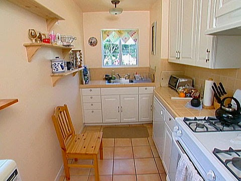 Namun Sangat Sayang Jika Dapur Minimalis Yang Seharusnya Dapat Memperindah Ruang Dalam Rumah Menjadi Ternoda Karena Pemilihan Peralatan Kurang