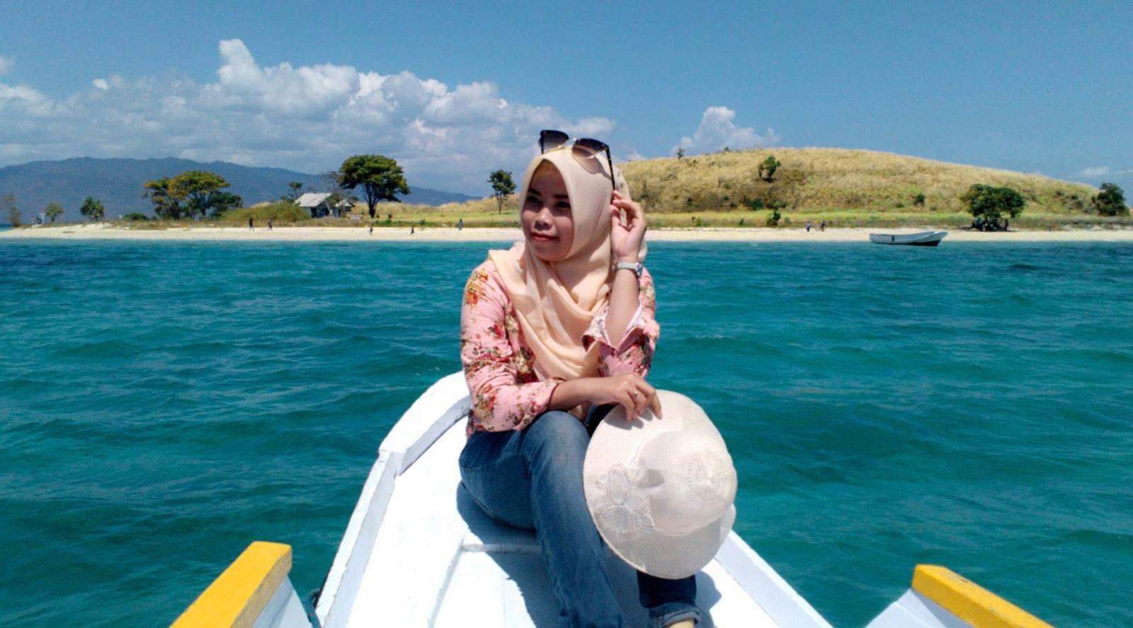 perahu penyebrangan ke Wisata Pulau Nisa Pudu - NTB