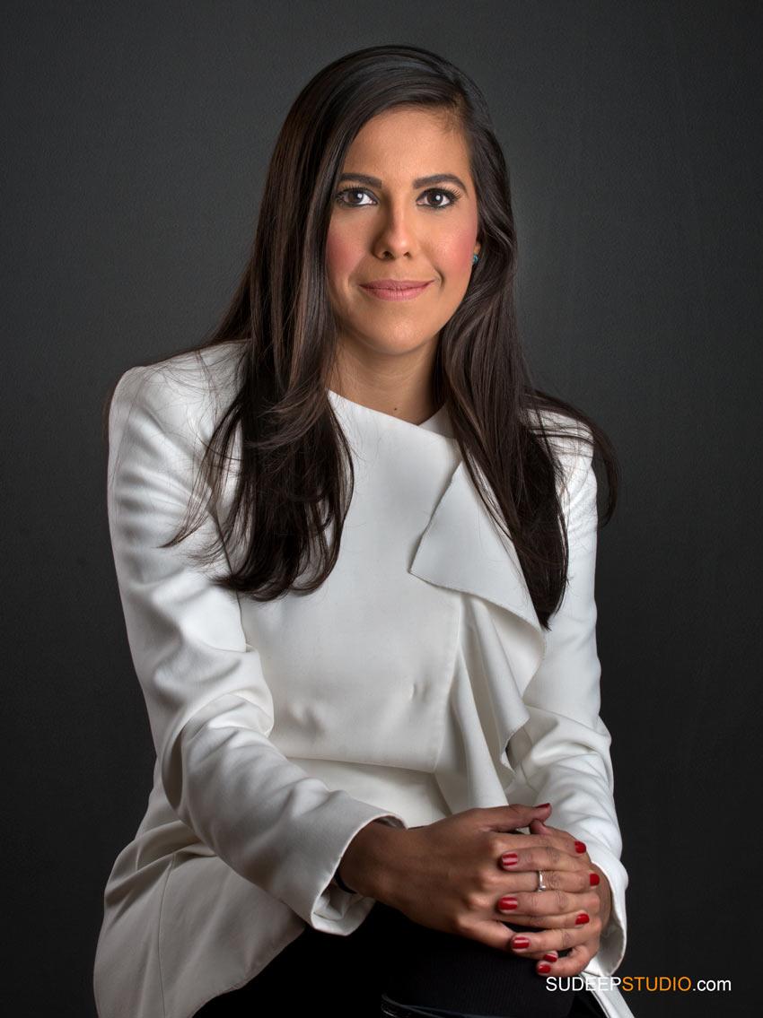 Professional Portrait Modern Headshots for Business Woman - SudeepStudio.com Ann Arbor Headshot Photographer