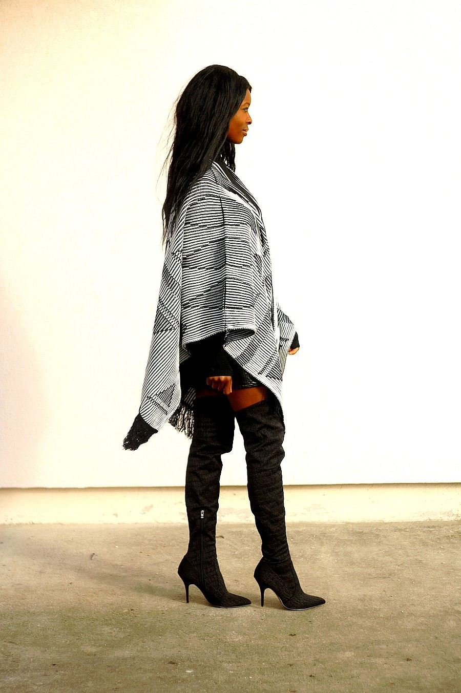 Blog mode cape poncho cuissardes jupe cuir