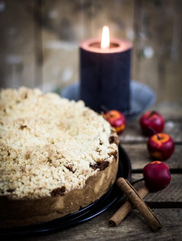 Rezept für einen einfachen Apfelkuchen - ein tolles Backrezept für den Herbst! By titatoni.de
