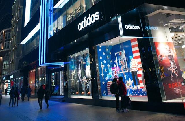 adidas abrirá 3000 nuevas tiendas en China