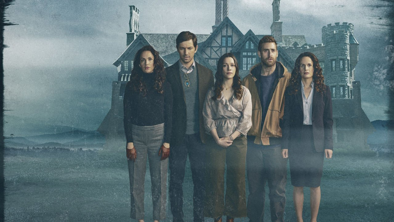 The Haunting Of Hill House Review Sure There S A Haunted House But This Show Is Really About Family Gmonstertv