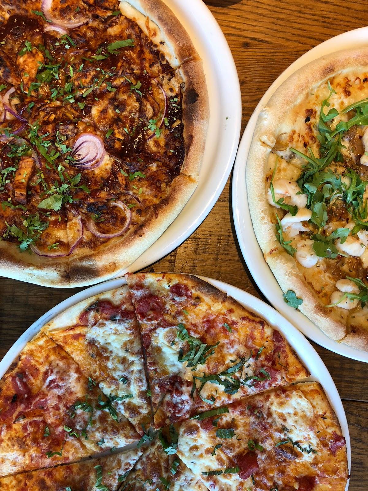 2017_12_04_cpk_pizzas.jpg