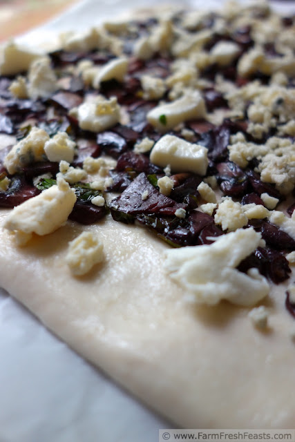http://www.farmfreshfeasts.com/2013/06/drunken-mushroom-pizza.html
