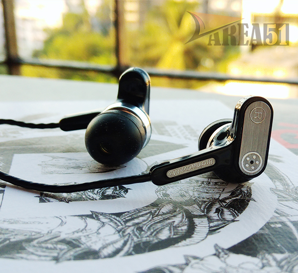 brainwavz-m3-earphones