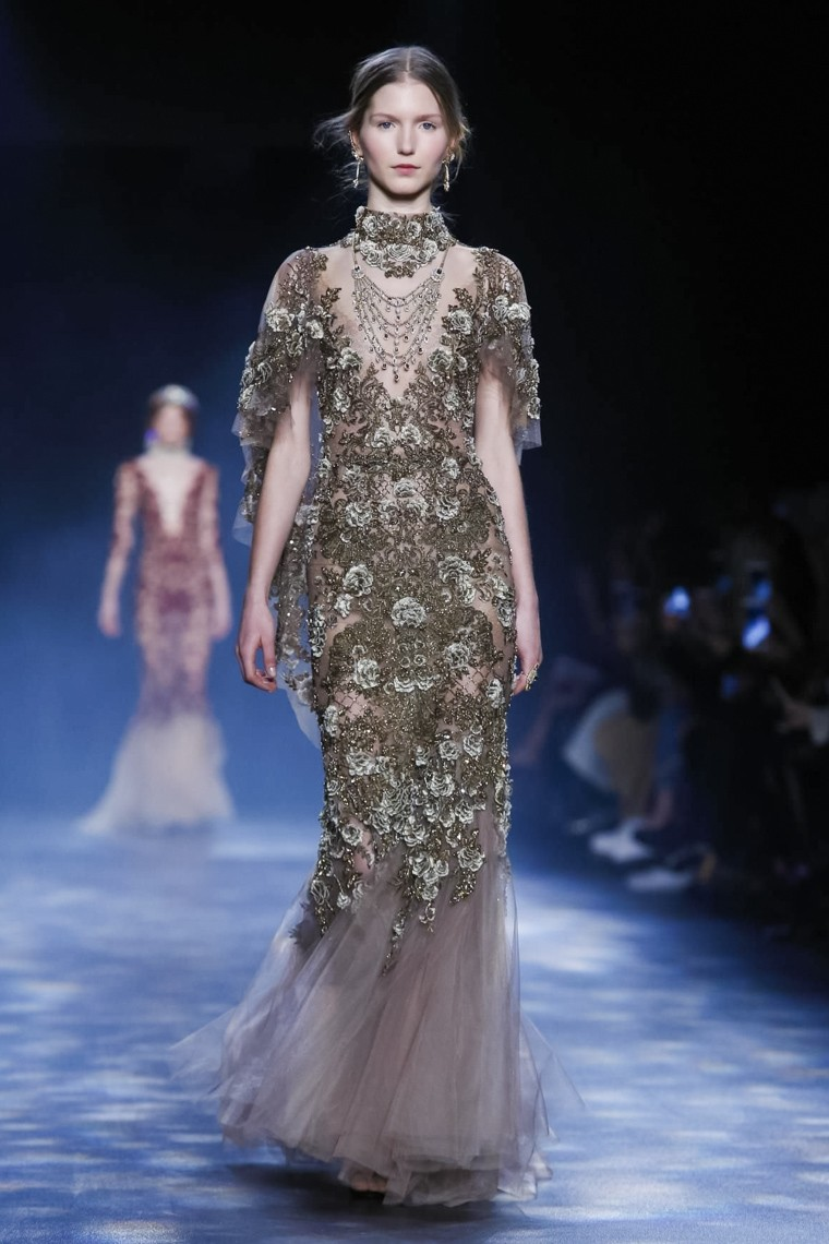 marchesa-fall-winter-2016-2017-collection-New-York-Fashion-Week, marchesa-fall-winter-2016-2017, marchesa-fall-winter-2017, marchesa-fall-2017, marchesa-fw-2017, dudessinauxpodiums, du-dessin-aux-podiums