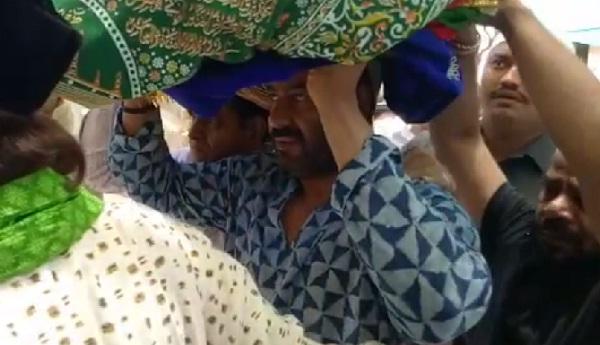 Ajmer, Rajasthan, Bollywood, Ajay Devgan, Ajmer Dargah, Dargah Shard Ajay Devgan in ajmer dargah