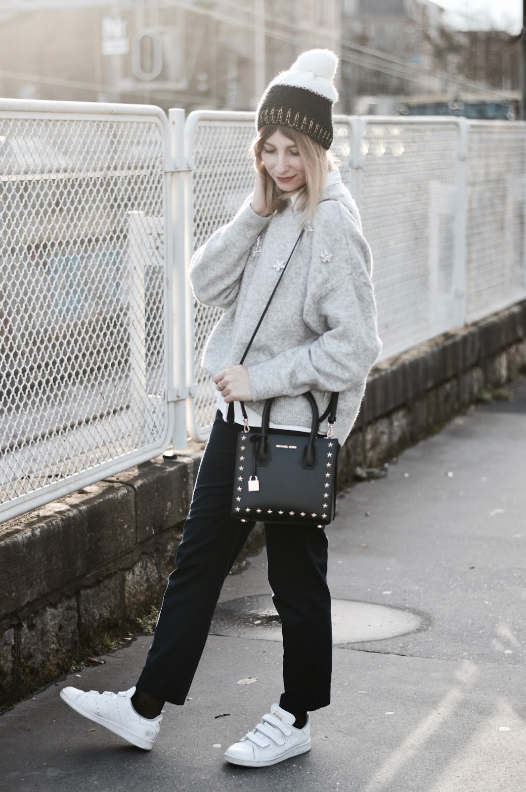 Look femme : working girl // Pull gris