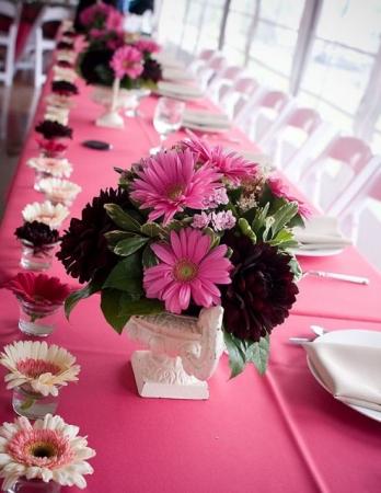Какие бы элементы цветочного оформления вы не выбрали, важно выдержать все в...