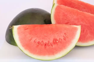 8 Health Benefits of Watermelon you don't Know.