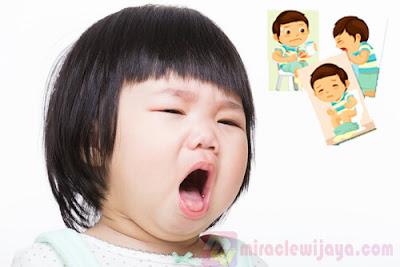 Mengatasi Muntah Pada Anak