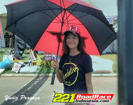 """Road Race Goyang Karawang Kedatangan """"RAYA KITTY"""" Tapi Tidak Turun Balap"""