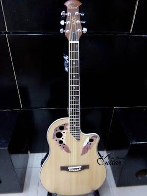 Bán đàn Guitar Ovation Chard acoustic giá 2 triệu 9