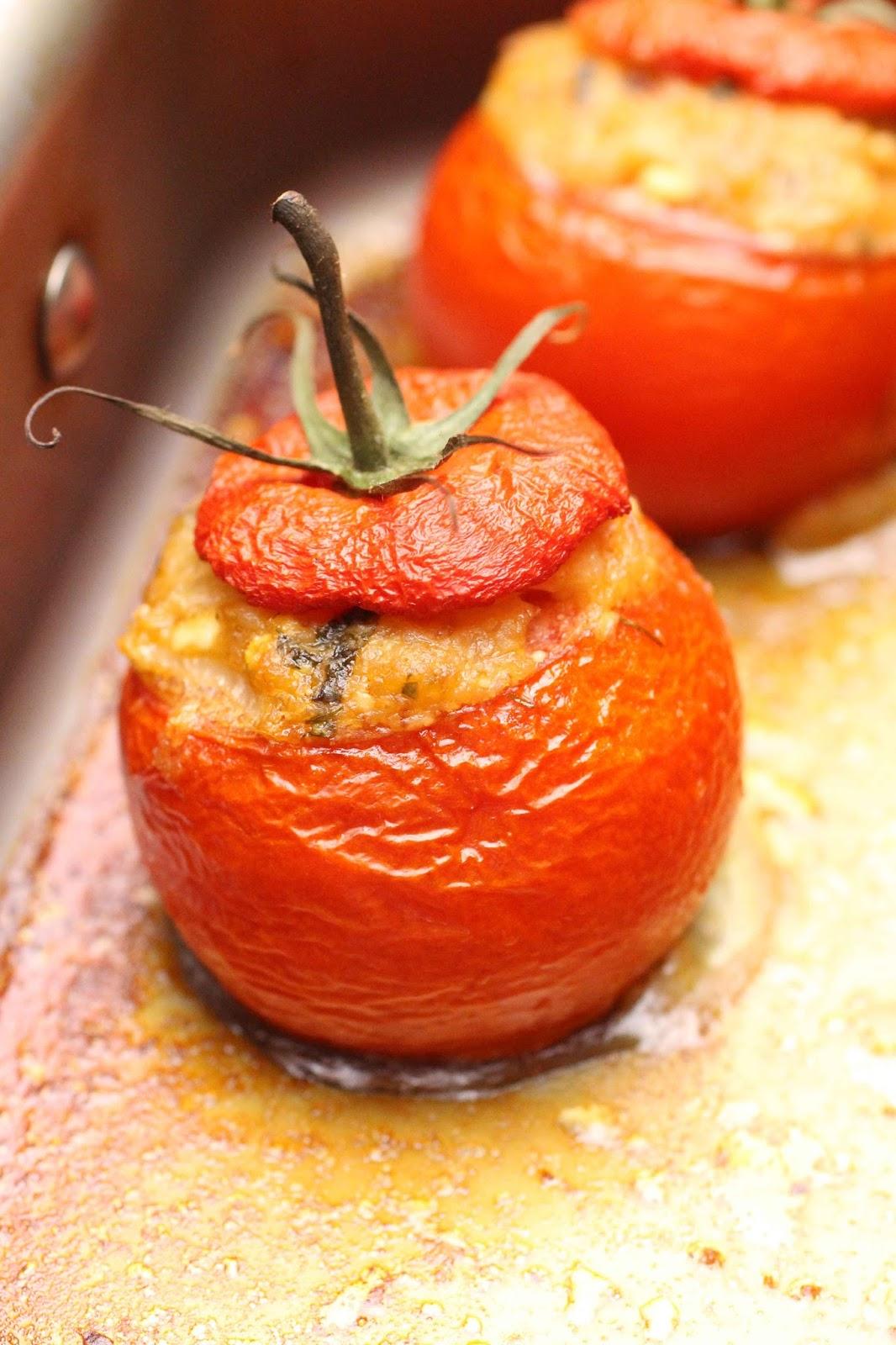 Un peu gay dans les coings tomates farcies au for Vers dans les tomates