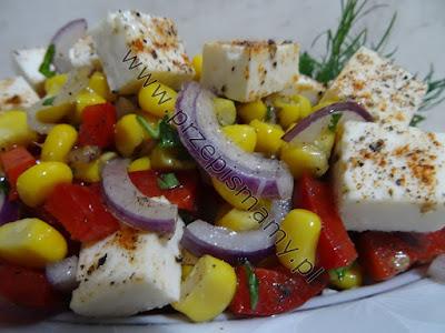 Sałatka kukurydziana z serem feta