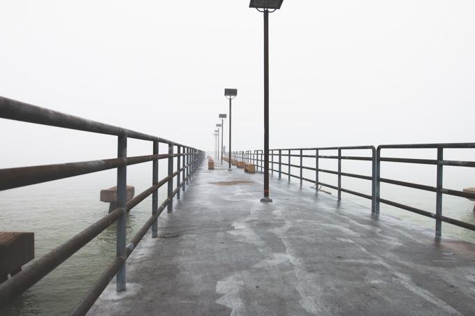 cleveland, pier, fog
