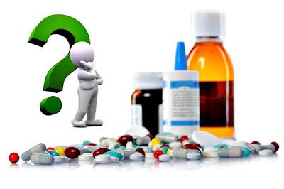 Evitar combinar medicamentos y alimentos para evitar problemas