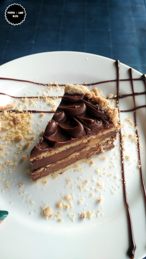 Banana Nutella Cake @ The Cafe Felix Experience | MG Road | Bangalore