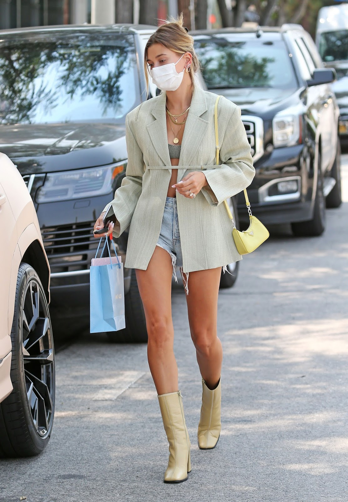 Hailey Bieber Makes Neutrals Look Effortless