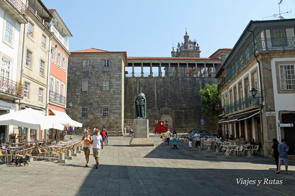 Praza Dom Duarte, Viseu, Portugal