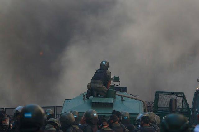Día después de la furia represiva del gobierno de Mauricio Macri: hay un desparecido. La mayoría de los detenidos tras la represión del Gobierno en el Congreso serían liberados