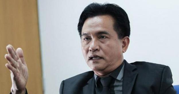Yusril Sarankan Jokowi Undang Ulama Selesaikan Kasus Pembakaran Bendera