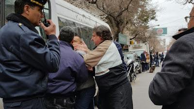 Los medios provinciales sanjuaninos dan cuenta de los altos grados de irregularidad presentado en el sindicato empleados de comercio. Así lo reflejan Cosmos Fm, Diario De Cuyo y Andrez Política y Cultura.