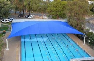 تركيب أغطية مسابح بالمظلات بافضل الانواع والاشكال