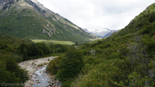 valle casa de piedra