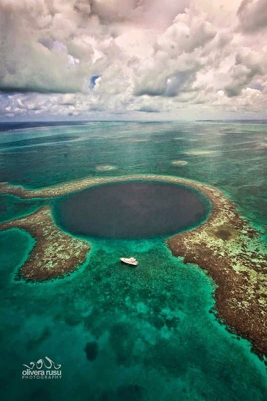 Best Places To Go Scuba Diving On Earth | Great Blue Hole, Belize - North East of Central America