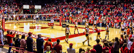 UW Madison Volleyball game at the field house