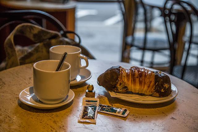 breakfast Bar Colombia 1913 Sant Andreu barcelona