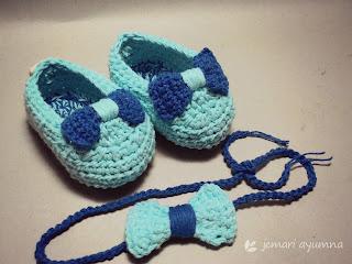 set sepatu bayi rajut dan bandana rajut
