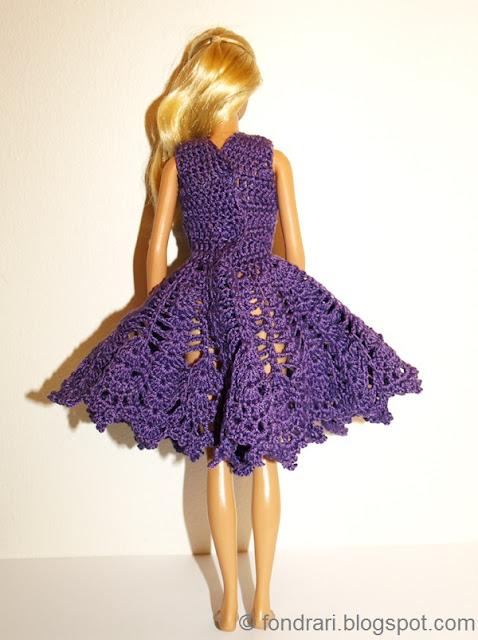 Fjólublár Barbie kjóll bak
