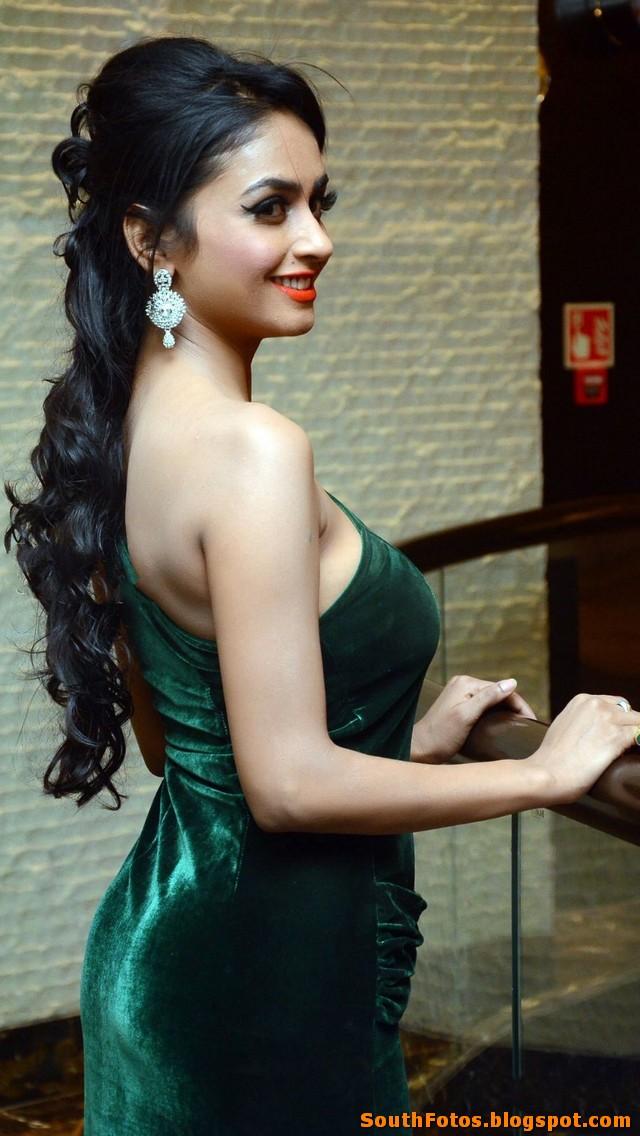 Pooja Sri Latest Hot Photos