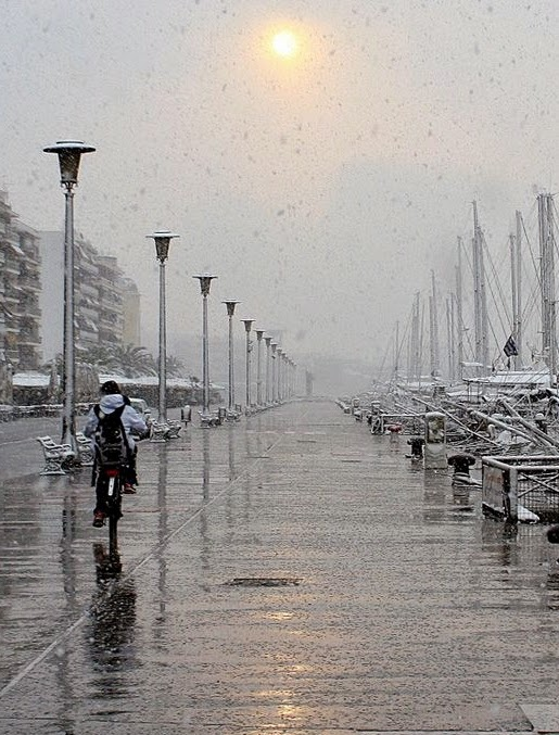 Sun and snow in Volos Photo Konstantina