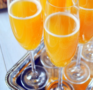 Recipe: Peach Mimosas for New Year's Eve