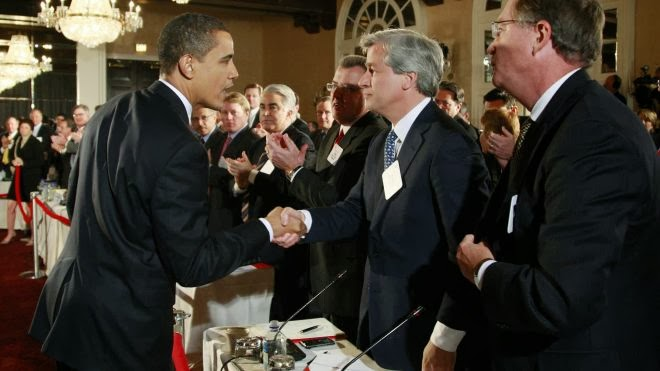 Barack Obama and Jamie Dimon have a cozy relationship