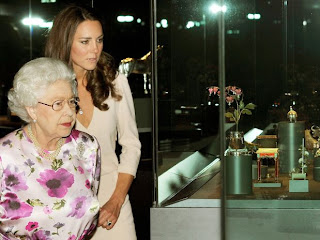 11 Exposição em Londres: Casamento Real