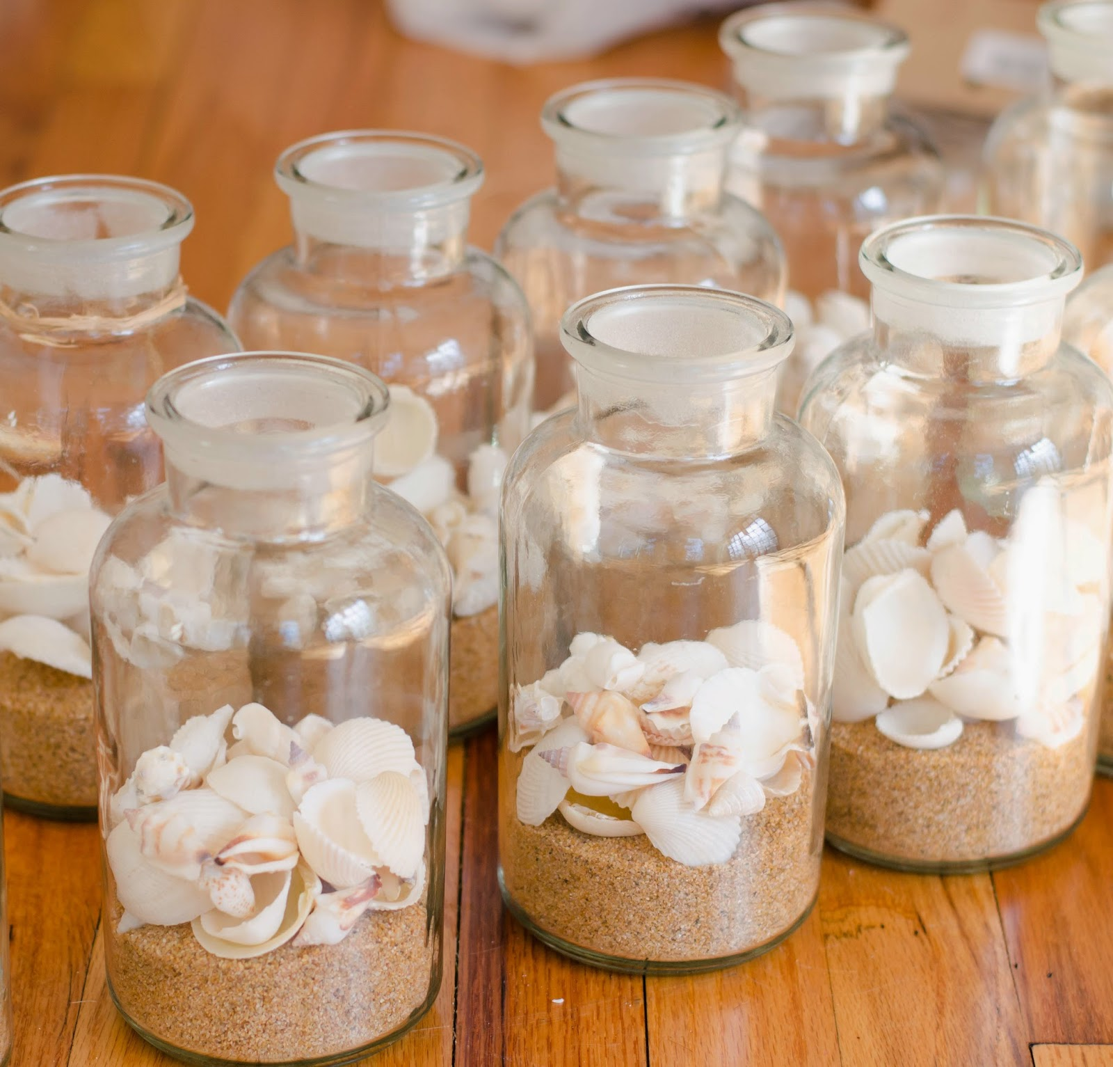 Beach Wedding Centerpieces Ideas: Laura LaRae's Luxuries: DIY Beach Wedding Centerpieces
