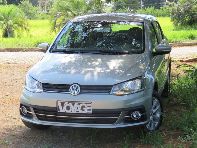 VW Voyage 1.6 I-Motion x Toyota Etios Sedã Automático
