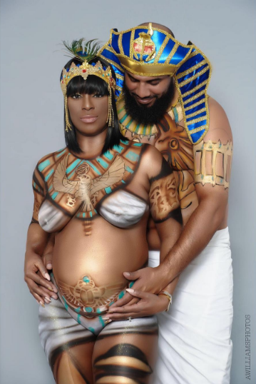 PHOTOS: How Adorable Is This Egyptian Themed Maternity Shoot? (Adorable Or Nor?)