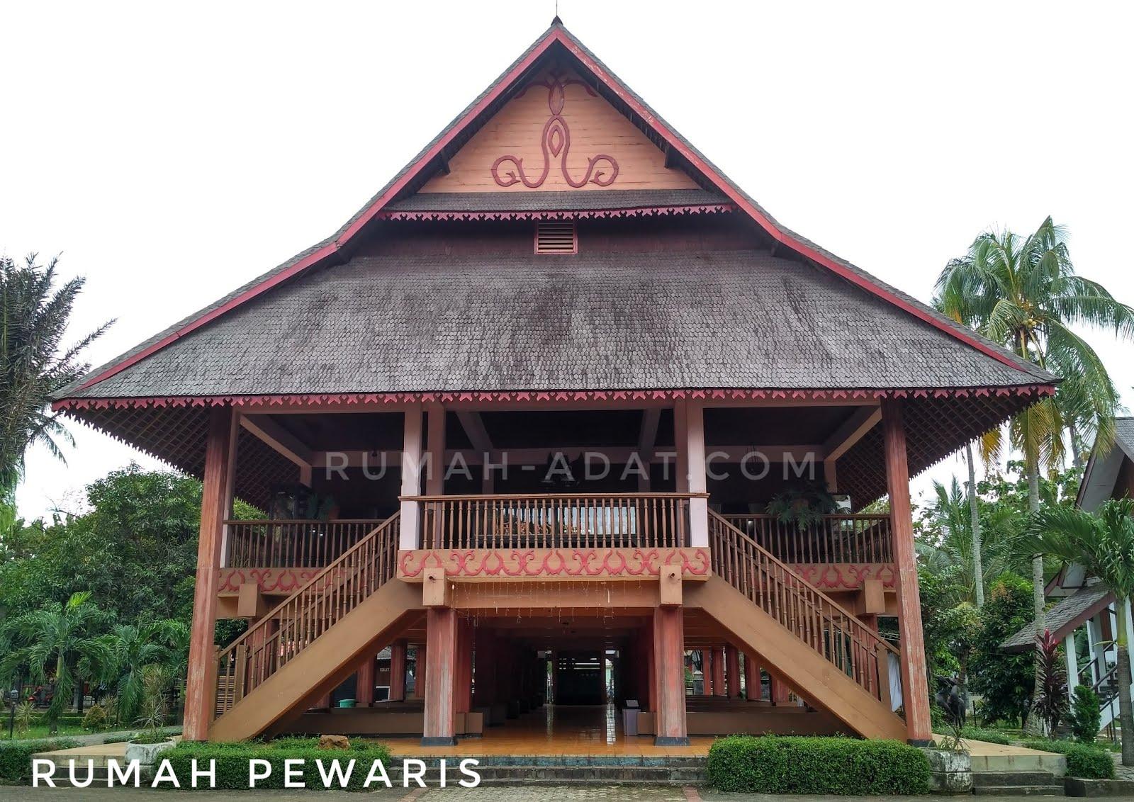 rumah adat manado pewaris